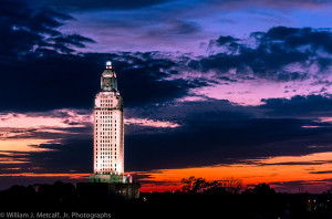 800px-Louisiana_State_Capitol_2012