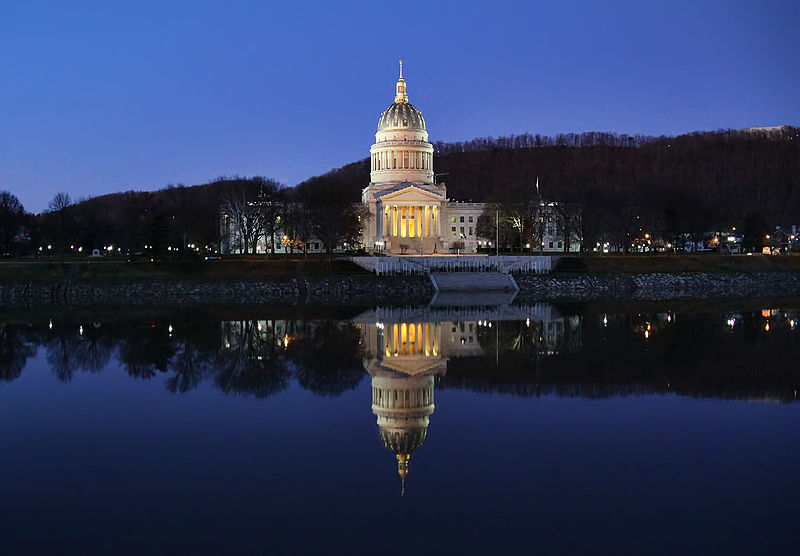 The_West_Virginia_State_Capitol_Building_in_Charleston,_WV