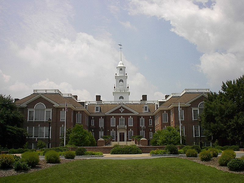 800px-Delaware_State_Capitol